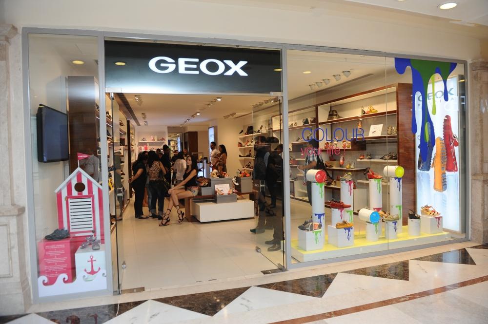 Geox Store at DLF Promenade, New Delhi (2)