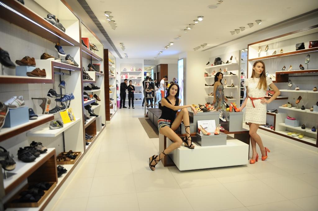 Geox Store at DLF Promenade, New Delhi
