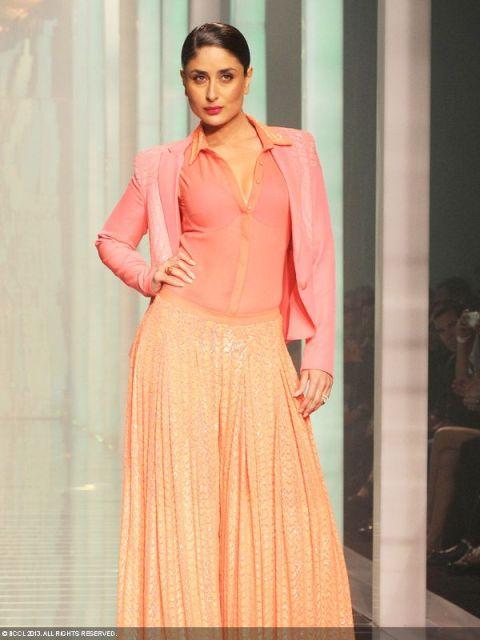 Kareena Kapoor walking the ramp for Namrata Joshipura at LFW Summer Resort '13