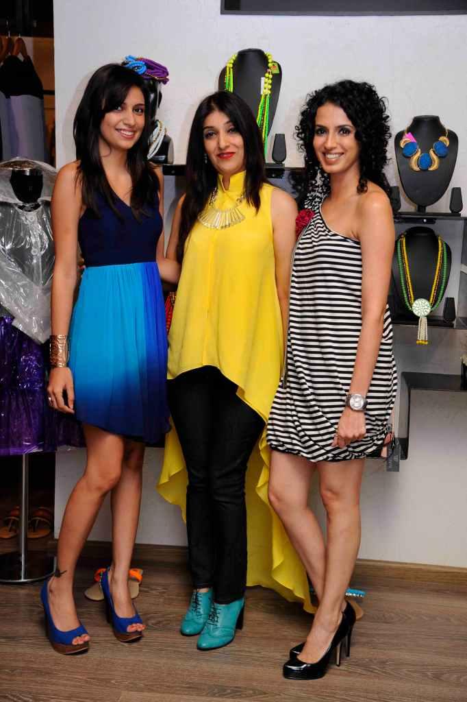 Sonya Vajifdar, Azmina Rahimtolla & Aparna Badlani
