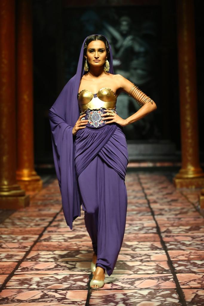 Model seen in  Suneet Varma's Collection
