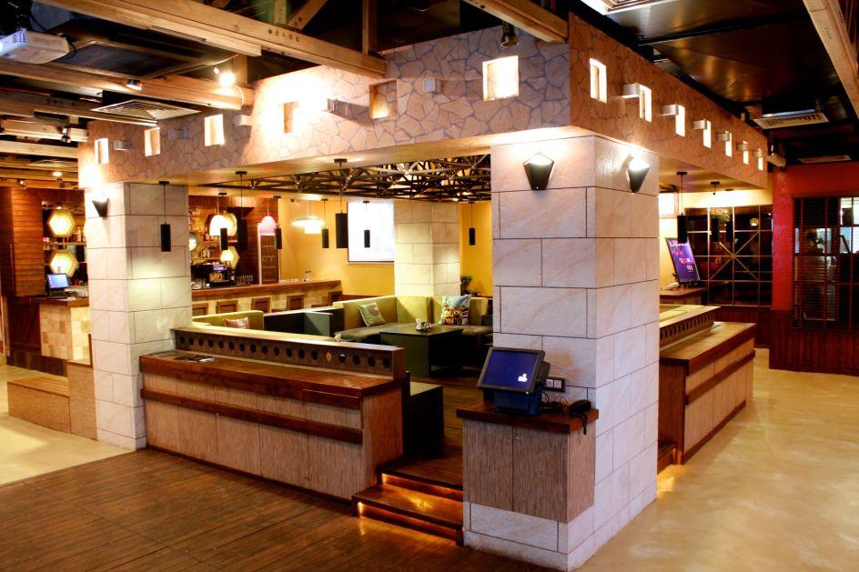 Café Ludus Interior