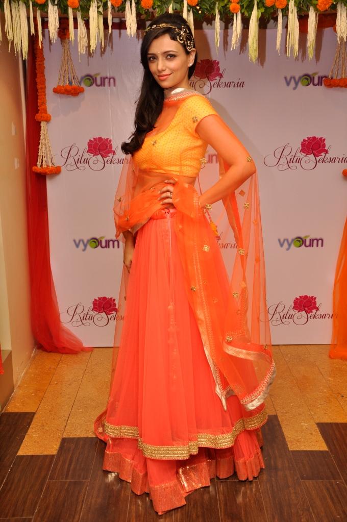 Actress Roshni Chopra wearing Ritu Seksaria