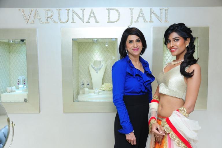 Varuna D Jani with a model