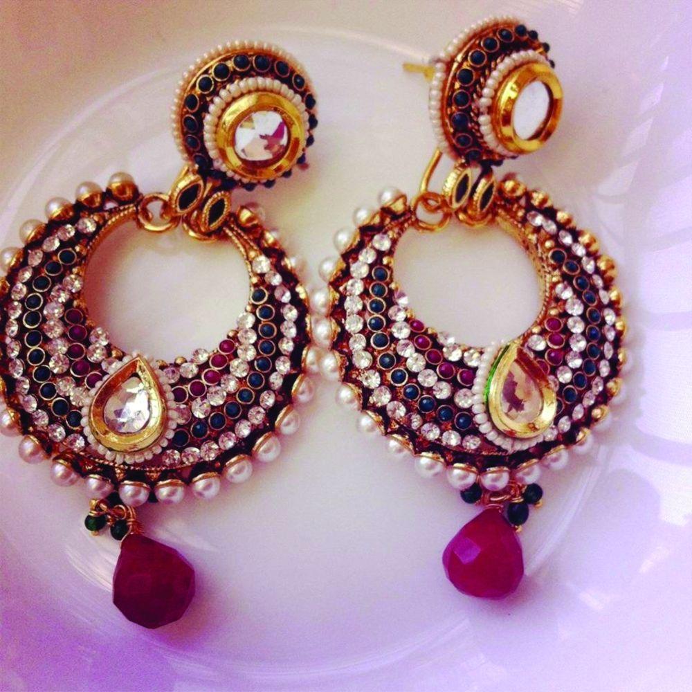 Beautiful polki earrings- Rs 1399