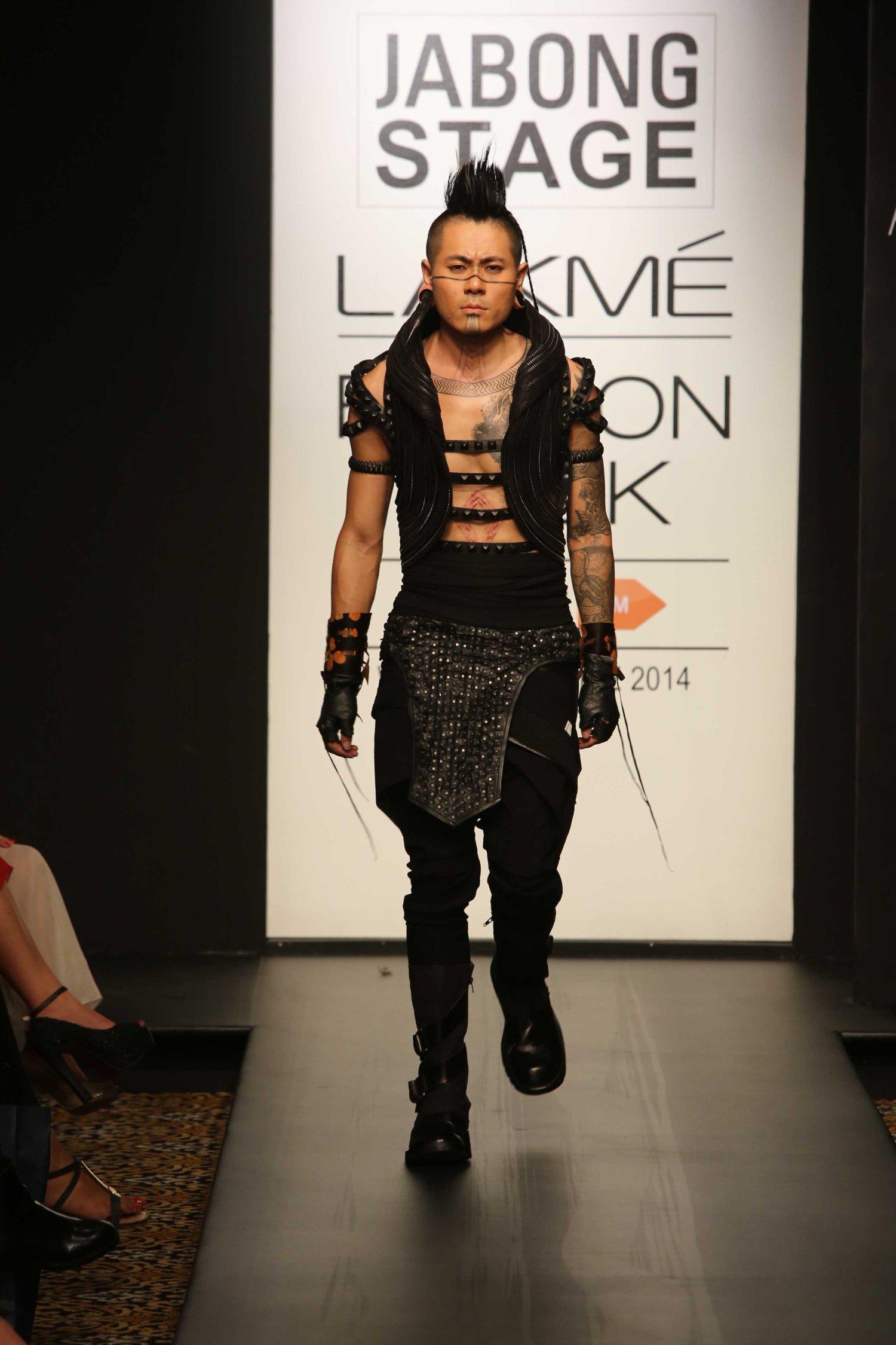 Model for Asa Kazingmei