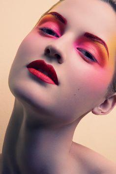 Colour Clashing Make-up