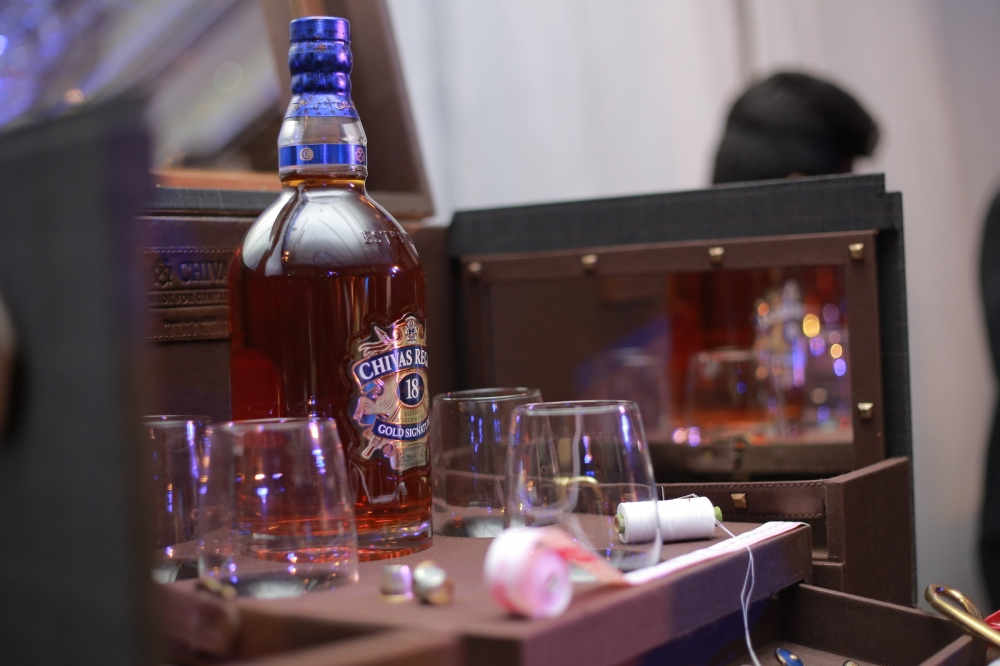 Chivas 18 Year Old Scotch - Crafted for Gentlemen'