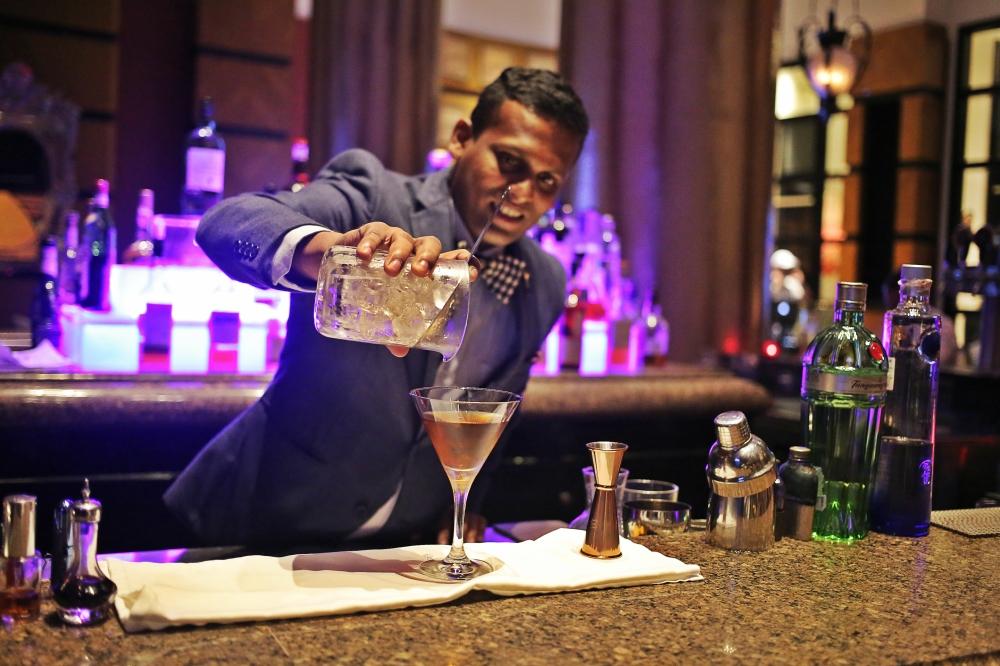 Renowned Bartender Varun Sudhakar at the Martini Mayhem.jpg