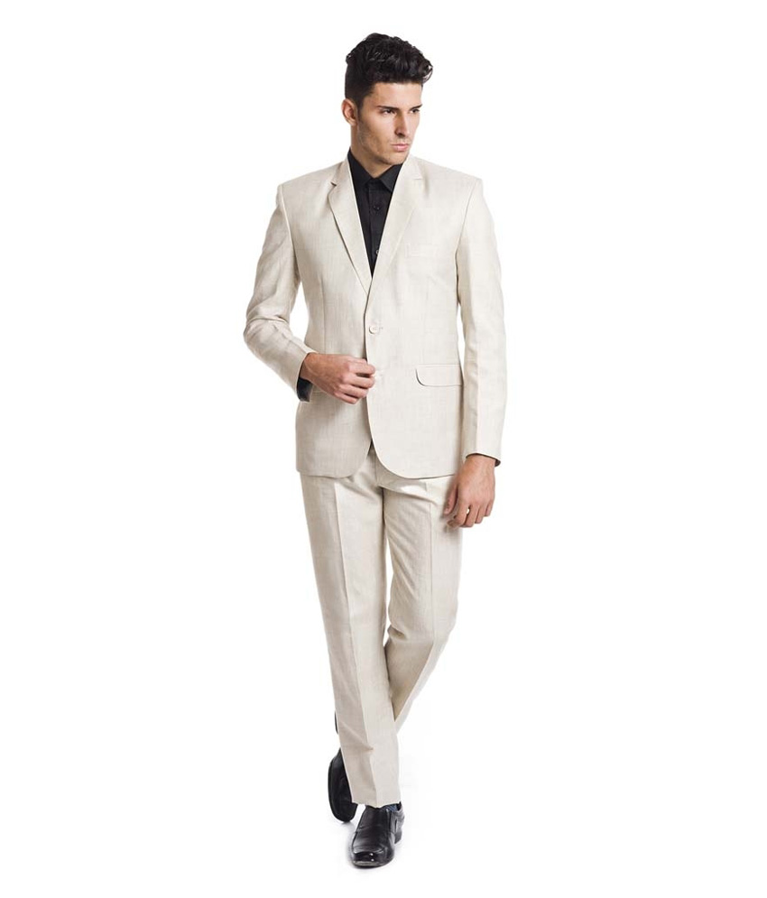 One trend that never fails to weave its way in hotter cities like Mumbai is the classic cotton suit. There's something so expensive-looking about a crisp suit and this simple look can be achieved at rather reasonable prices. Clean cuts and versatile appeal, one of the best things about it is how easy it looks for a weekend date or even a suit up for the office. This year, internationally, men have venturing beyond the tuxedo territory and embracing the light-colored, breezy cotton suits. Colored cotton suits also stomped down the runways at fashion shows for brands like Armani, Gucci and Todd Snyder. And why not? The cotton suit can be worn in many different ways making it a great staple piece for men. Pair it with white sneakers or a loafer and you're quite ready to go.